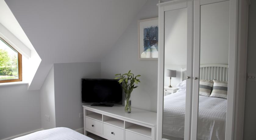 Bedroom Storage at Seafort Luxury Hideaway